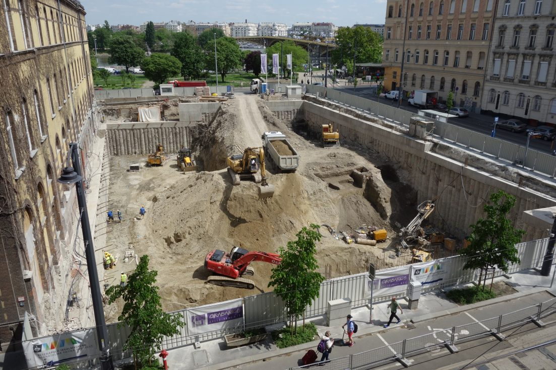 Valuable archaeological treasures were demolished under a priority construction of the Hungarian government